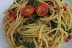 paradicsom, spagetti