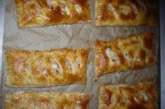 Hagymás-sajtos táska, recept, receptverseny, uzsonna, Virsli leveles tésztában