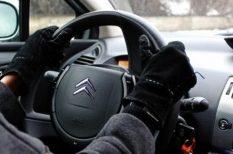biztonságos közlekedés, öltözködés, téli divat
