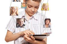 Facebook, közösségi média, nevelés