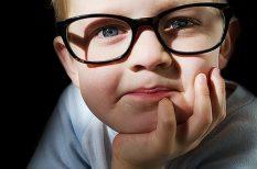 iskolakezdés, rövidlátás, szemüveg
