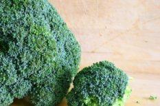 brokkoli, kéksajt, tészta