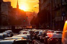 autó, forint, közlekedés
