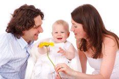 család, gyereknevelés, nemek közti különbségek