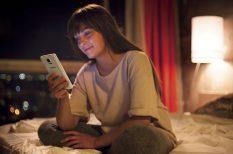 karácsony, képeslap, okostelefon, szelfi, szeretet, technológia