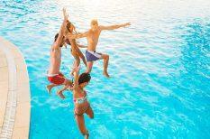 az év fürdője, nyaralás, turizmus