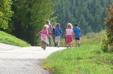 gyerek, KidsOasis, nagycsaládos nyaralás, nyaralás, tanácsok