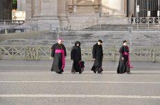 egyház, érdekesség, Ferenc pápa, takarékosság, vatikán