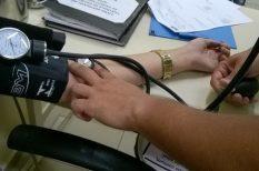 betegség, egészség, fehérköpeny-szindróma, hipertónia, magas vérnyomás, orvos tanács