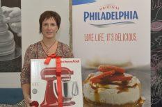 budapest, gasztronómia, mákosgubás sajttortácsak szilvaöntettel, Philadelphia, recept, sajttorta, verseny