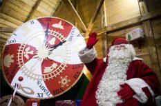 ajándék, gyerek, jótékonyság, karácsony, kultúra, Ökumenikus Segélyszervezet, ünnep