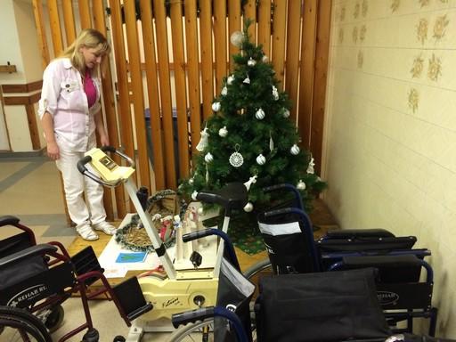Kórházi karácsonyfa a kistarcsai REHAB-on, Kép: KaSa