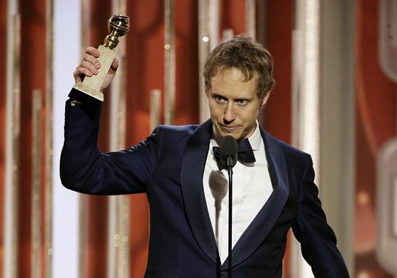 Nemes Jeles András, amikor átvette a Golden Globe-ot, Kép: MTI/ AP/NBC/Paul Drinkwater