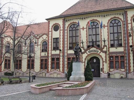 Pesterzsebet varoshaza, téli külső kép: wikimedia
