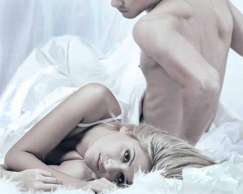 Fiatal pár az ágyban láthatóan rosszul sikerült szex után, Kép: tiedakontroll.hu