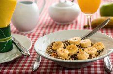 egészséges étkezés, gabona, gyümölcslé, kávé, reggeli, zöldség
