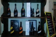 bor, borászat, Bujdos, csavarzáras palack, dizájn, minőség, palackozás, tavasz