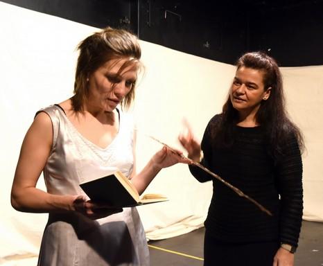Orlando: a főszereplő és a rendező próbál Debrecenben, Kép: sajtóanyag