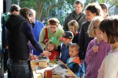 családi nap, Ganz Ábrahám Öntödei Gyűjtemény, gyerekek, hétvégi program, ólomkatona-öntés