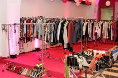 divat, frizura, gardrobcsere, jótékonyság, kiegészítők, paralimpikonok, rzhacsere, smink