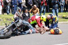 baleset, bemutató, drog, életmentés, gyorshajtás, mentő, rendőrség, stroke, szekszárd, vöröskereszt