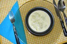 gasztronómia, gyors leves, leves, rebarbara, tejszín, üdítő