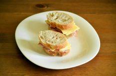 foci, reggeli, sajt, sonka, szendvics, vacsora