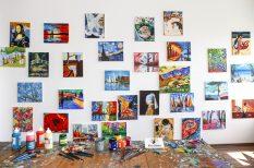 adomány, adományozás, festmények, intézmények, iskolák, jótékonyság, képek, művészet