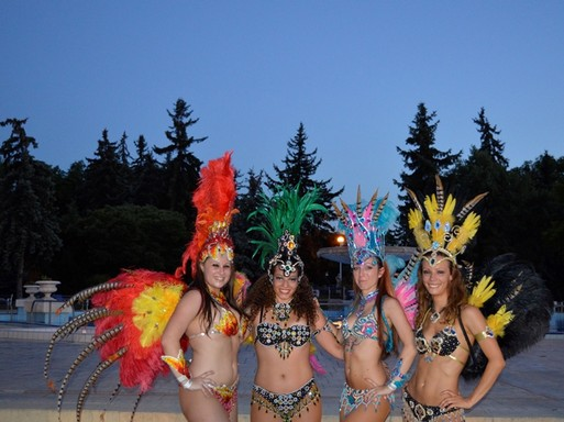 Brazil táncosnők, Kép: Magyar Fürdőszövetség