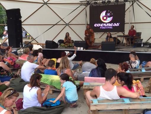 Előadás az Everness Fesztiválon, Kép: Osztrozics Dóra