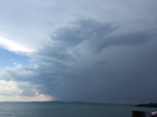 Vihar készül a Balatonon, Kép: Osztrozics Dóra