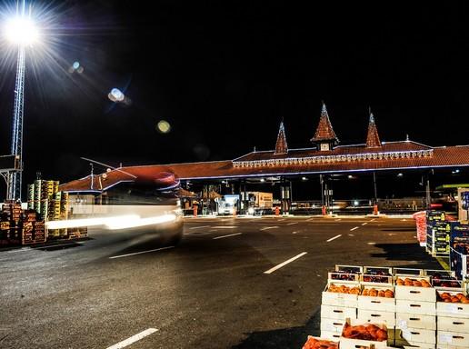 Nagybani piac este, Kép: Budapesti Nagybani Piac