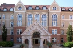 felsőoktatás, minőség, Pécsi Tudományegyetem, Quacquarelli Symonds, világrangsor