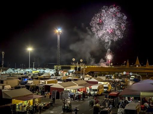 Tüzijátékkal ünnepeltek, Kép: Budapesti Nagybani Piac