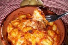 mozzarella, paradicsom, tészta