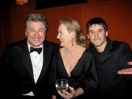Alec Baldwin, Meryl Streep, Josh Wood egy daíátadón, Kép: wikimedia