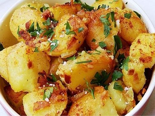 Szalonnás krumpli, Kép: ahogyeszikugypuffad.blogspot.com