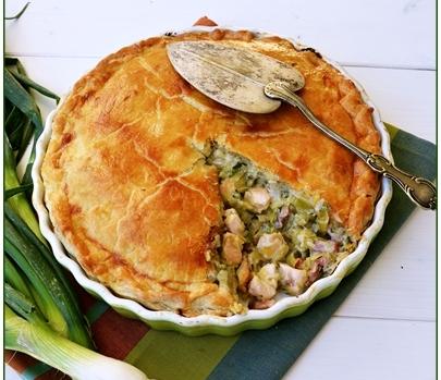 Csirkés, póréhagymás pite, Kép: ahogyeszikugypuffad.blogspot.com