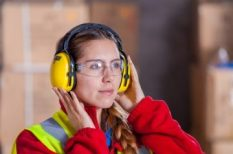 fül, halláskárosodás, kommunikáció, munkahely, siketek és nagyothallók, zaj