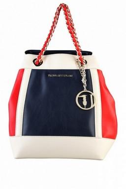 Anyukádnak táska, Kép: sajtóanyag