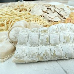 friss tészta, házi tészta, ravioli, ricotta, spenót, tészta készítés