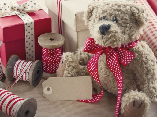 Karácsonyi csomagolás macival, Kép: Weleda