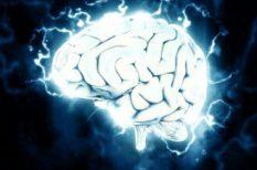 fejfájás, magas vérnyomás, stroke, szédülés, TIA, vérnyomás, vérrögök