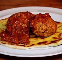 csirke, curry, húsgombóc