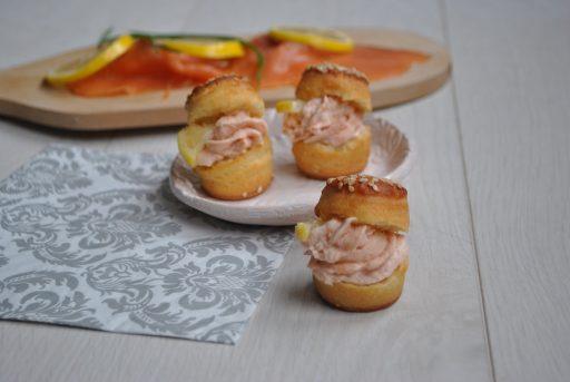 Füstölt lazackrémes falatka, Kép: receptguru.cafeblog.hu