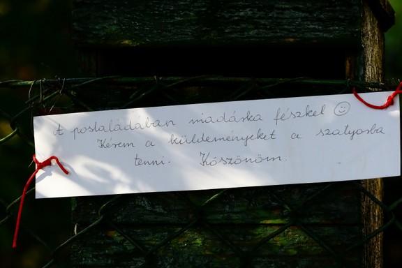 Kedves figyelmeztető a kézbesítőnek, Kép: Orbán Zoltán