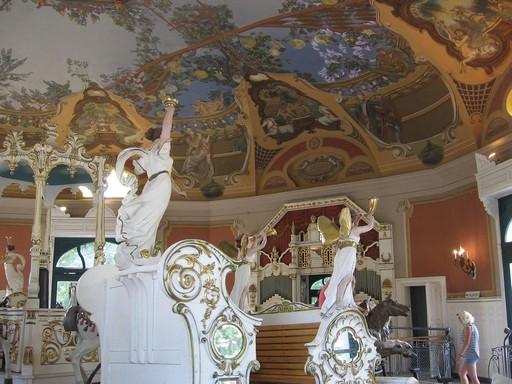Műemlék körhinta Budapesten, Kép: wikimedia