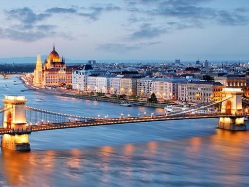 Budapest a lemenő nap fényében, Kép: sajtóanyag