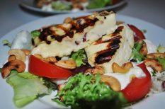gomolya, grill, grill sajt, kesudió, saláta