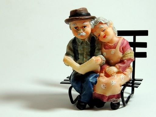 Nyugdíjas játékfigurák, Kép: pixabay